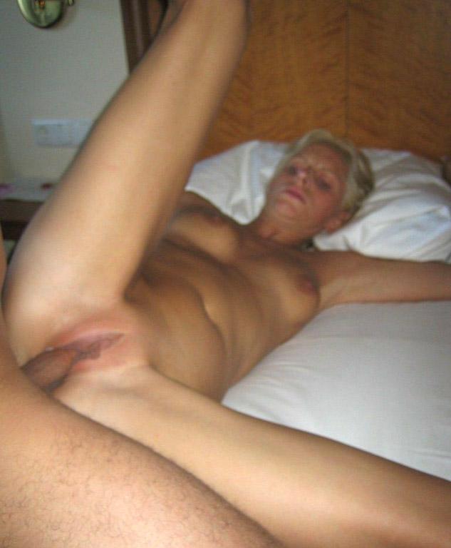 Подборка любительского секса втроем 1 фото