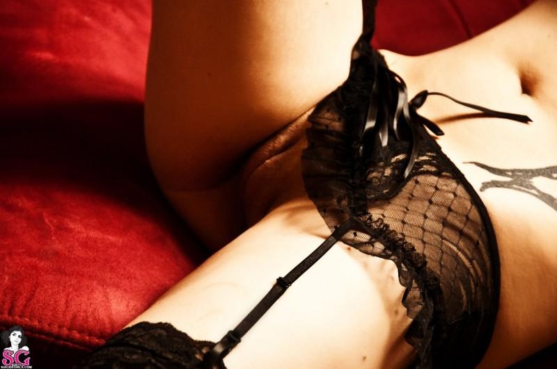 Эротическое соло сногсшибательной красивой девицы с большими титьками 33 фото