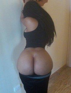 Страстные задницы и голые мамки