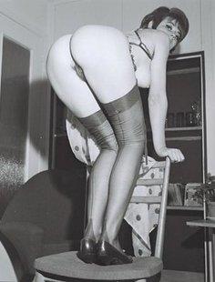 Ретро фото от сексуальной женщины