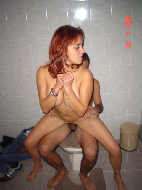 Секс втроем с русскими девушками 17 фото