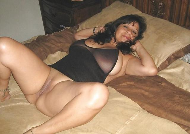 Женщины с огромными и сочными сиськами 14 фото