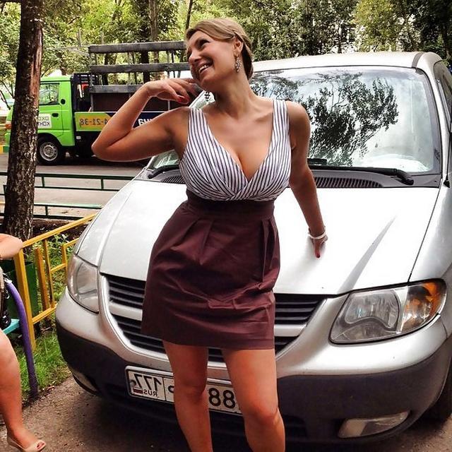 Женщины с огромными и сочными сиськами 11 фото