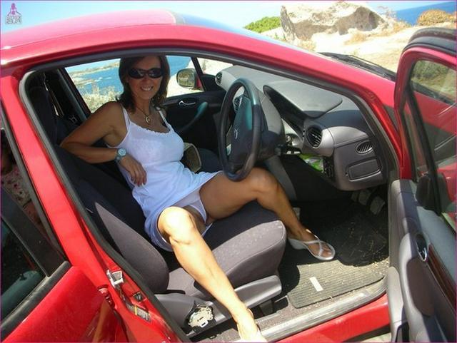 Милфа из Майями выложила снимки отсоса мужу 2 фото