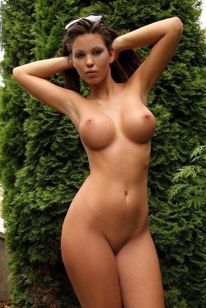 Эротическая подборка красивых баб с большой грудью 15 фото