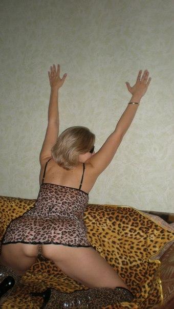 Горячая и сексуальная чика в разных чулках 8 фото