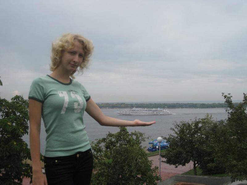 Худая россиянка из села пробует секс втроем ЖМЖ 5 фото