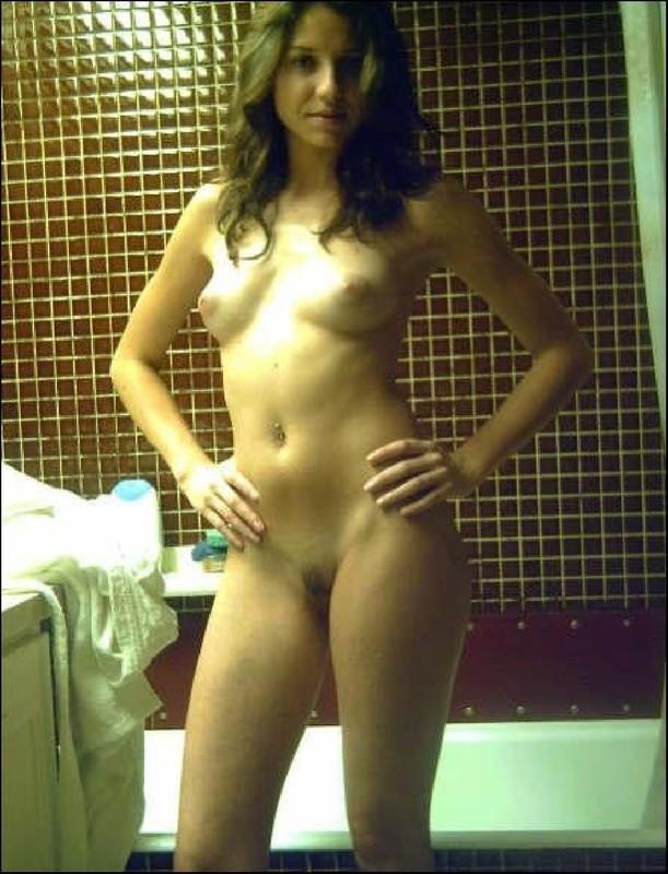 Парни снимают голых подружек перед сексом 19 фото