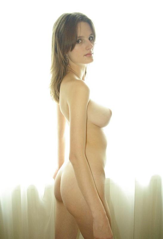 Возбудила большими грудями крупным планом 13 фото
