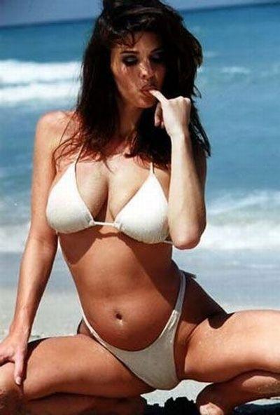 Сексапильные модели в нижнем белье и бикини 8 фото