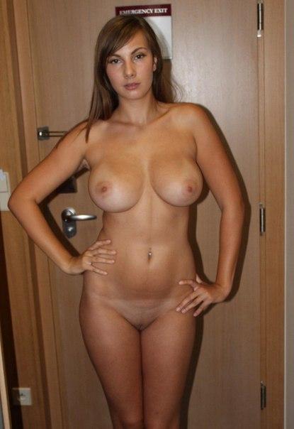 Парень разместил в блоге снимки обнаженных любовниц 10 фото