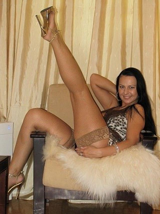 Парень опубликовал коллекцию голых любовниц за 45 30 фото