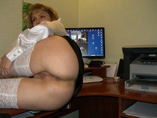Мамочки с большой грудью откровенно позируют без одежды 31 фото