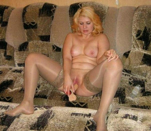 Зрелые давалки раскрывают свои вагины 6 фото