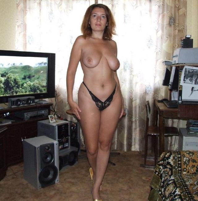Русские мамочки раздеваются для своих мужиков 9 фото