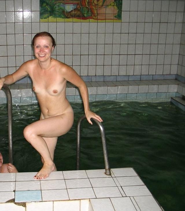Голые мамаши с большими дойками и попками 33 фото