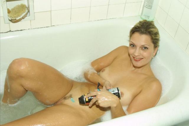 Домашняя эротика с девушками из России 6 фото