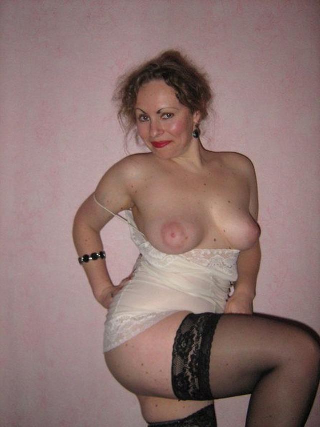 Пошлые мамочки позируют для сайтов знакомств 25 фото