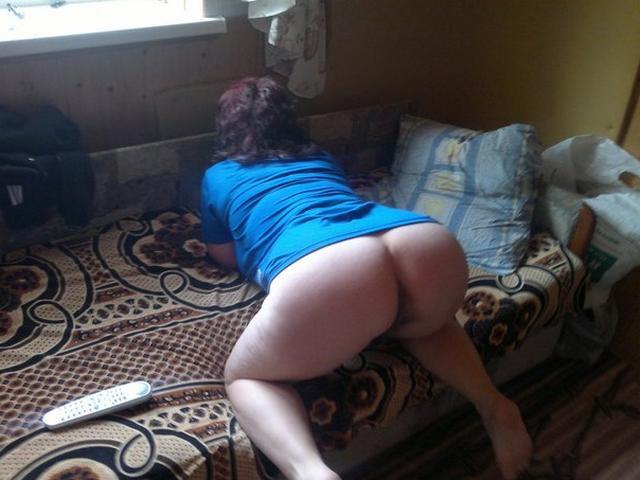 Пошлые мамочки из России оголяют большие титьки и попки 36 фото