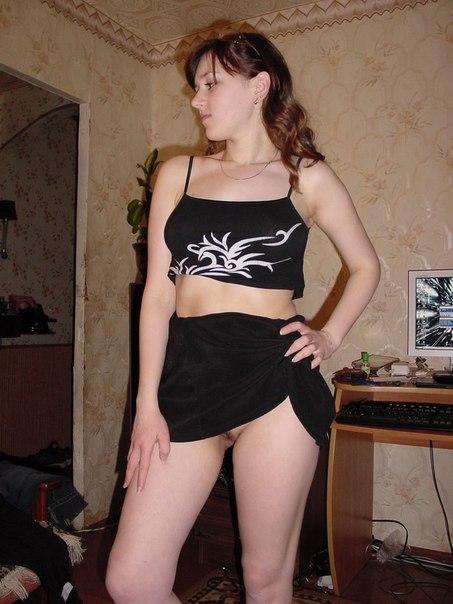 Русские жены позирую голым в домашней обстановке 10 фото