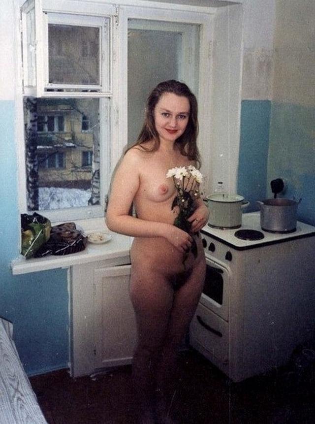 Домохозяйки с волосатыми кисками раздвигают ноги 8 фото