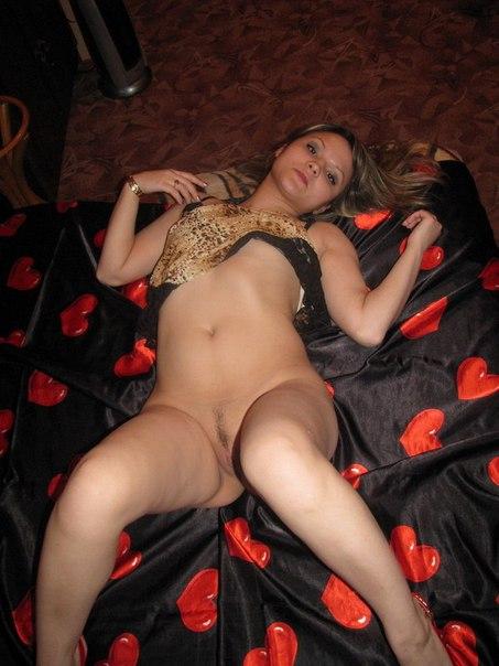 Сборник голых жен и в нижнем белье 25 фото