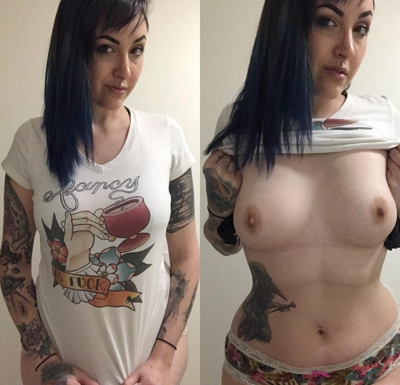 Брюнетка с татуировками оголяет окрепшие сосочки 4 фото