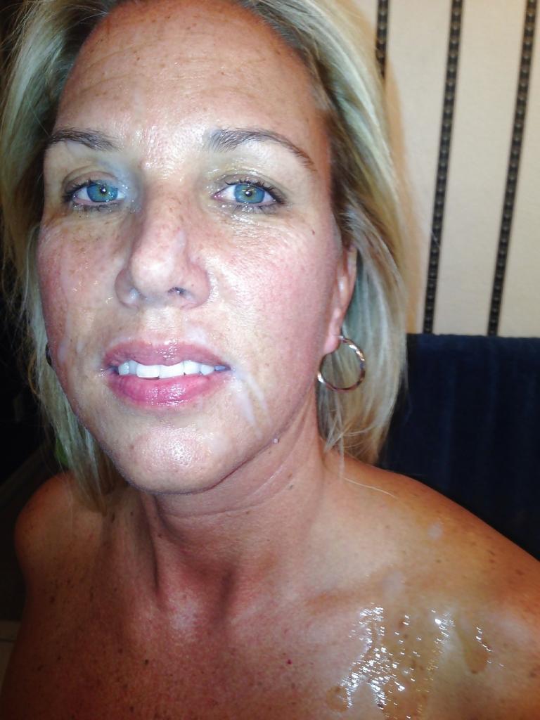 Умелые минетчицы хвастаются спермой на лице 5 фото