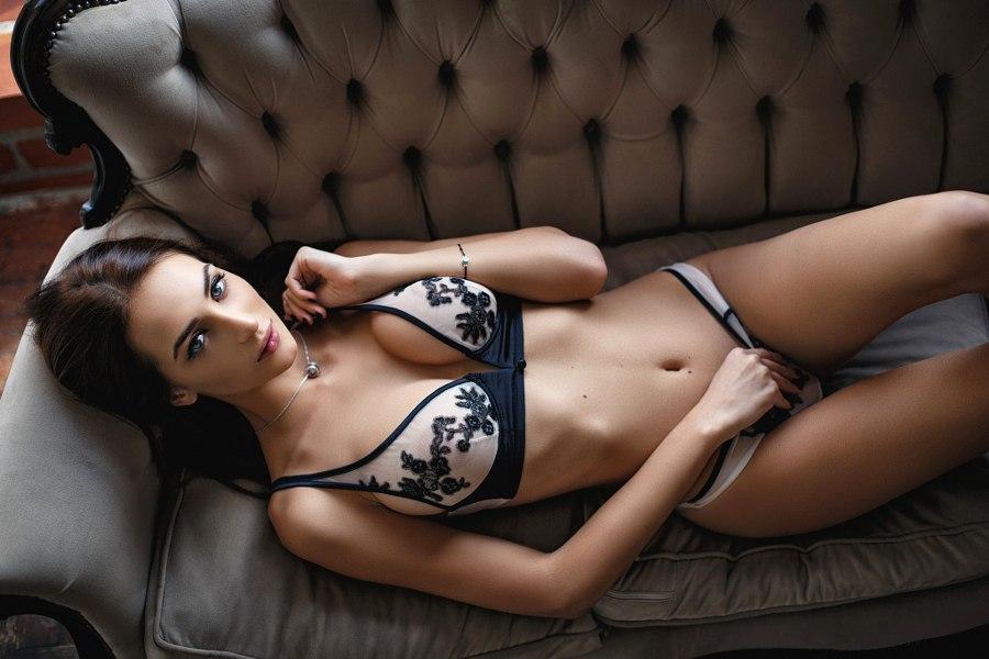 Эро модели позируют в нижнем белье 11 фото