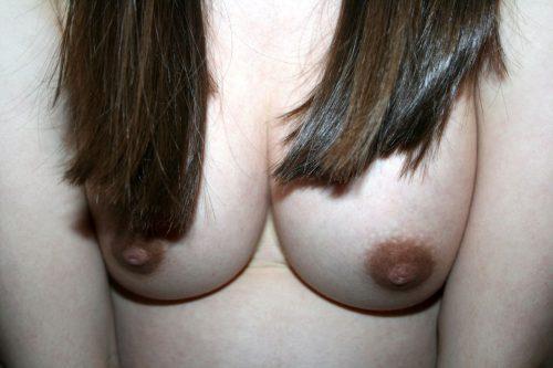 Беременные мамы позируют с большими животами 4 фото