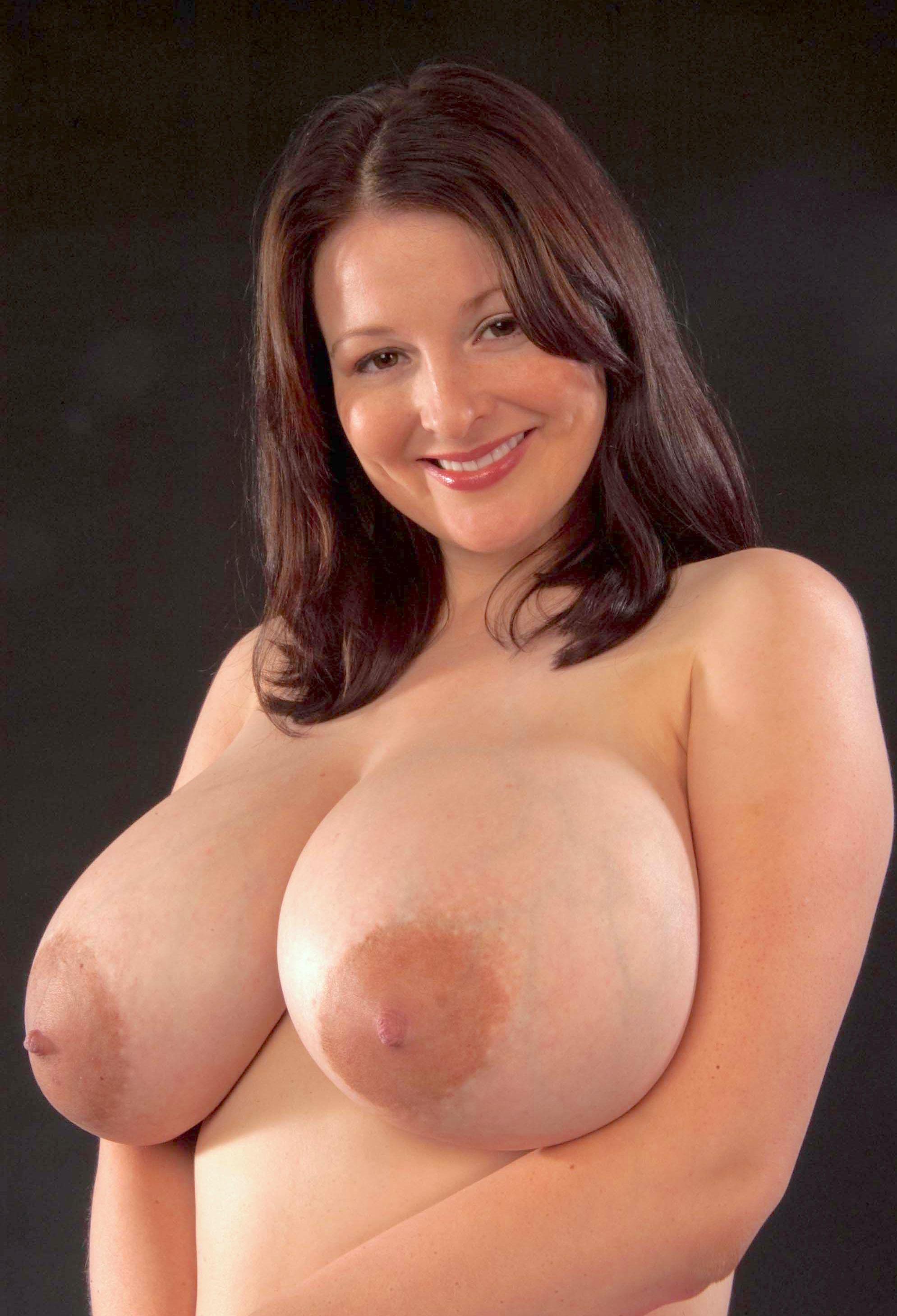 Большие сиськи женщин старше 30 лет 9 фото