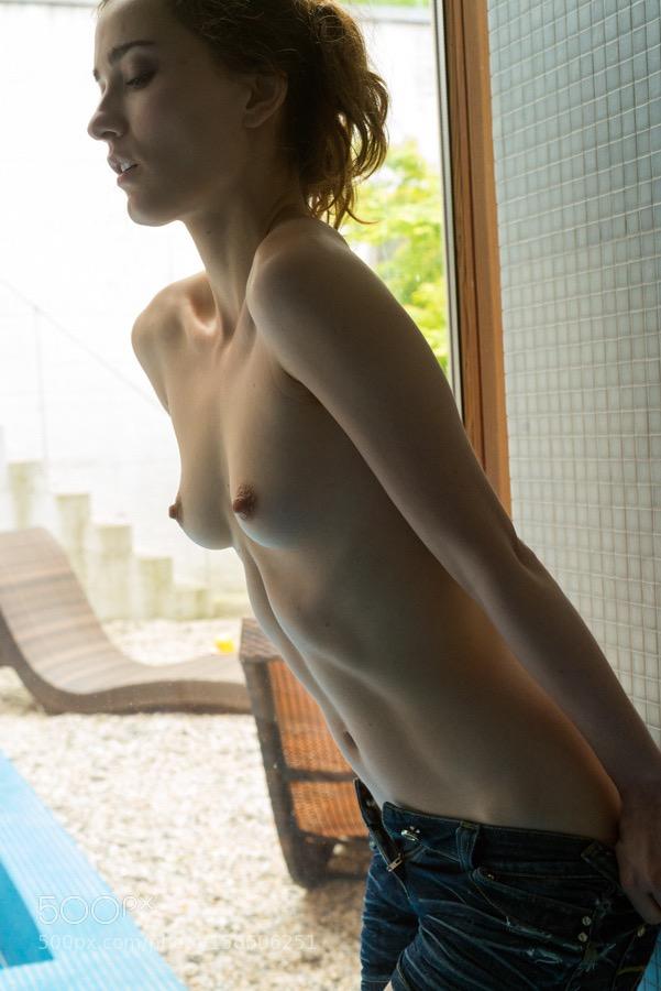 Эро микс с плоскогрудыми худышками от 18 лет 8 фото